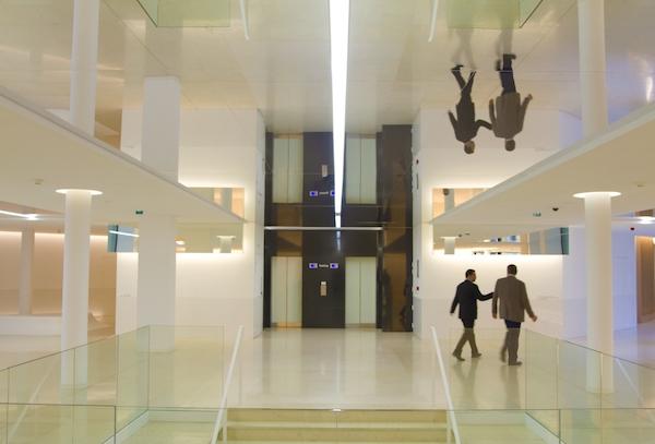 اجرای سقف کشسان آینه ای